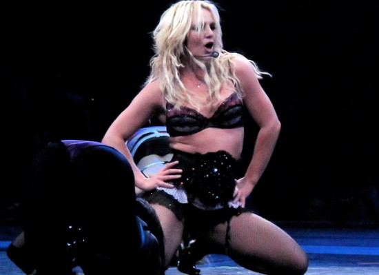 britney-spears-fishnets