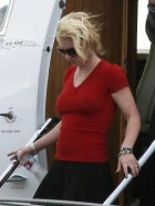 britney-spears-red-top