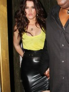Khloe Kardashian cleavage