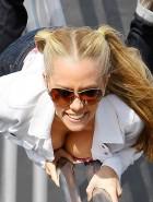 Kendra Wilkinson cleavage