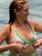 julia-roberts-bikini-4
