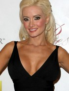 Holly Madison sideboob