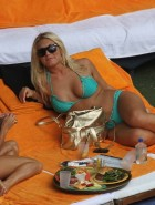 Brooke Hogan hot bikini