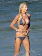 Victoria Silvstedt bikini