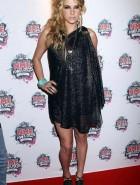 Kesha legs