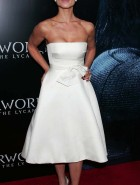 Rhona Mitra red carpet