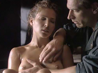 Elsa Pataky Nude Into A Tub Of Water