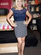 Kendra Wilkinson long legs
