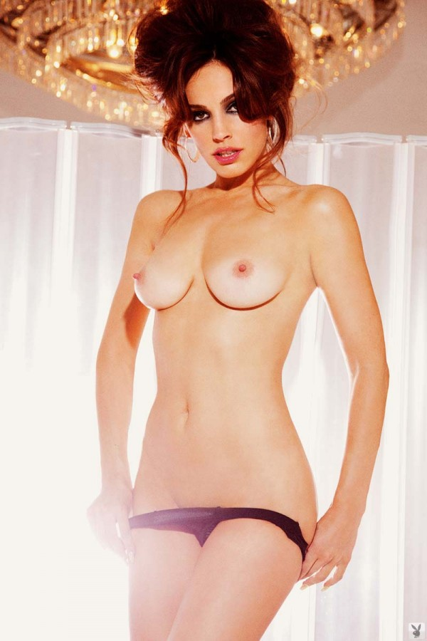kelly-brook-naked.jpg