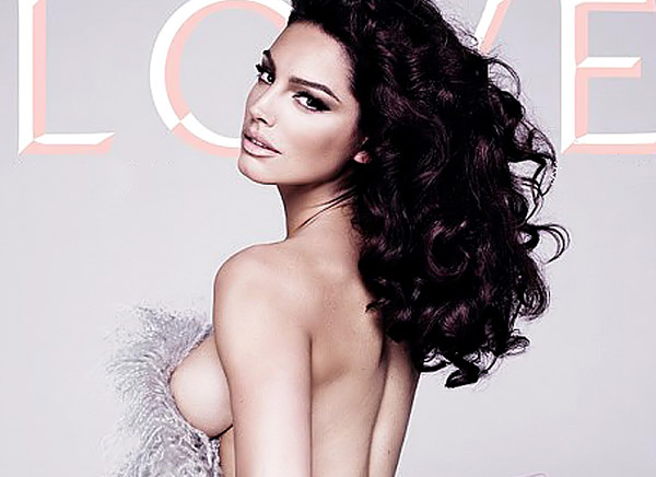 After awesome pictures of Kelly Brook nude in Playboy ,she has continued to ...