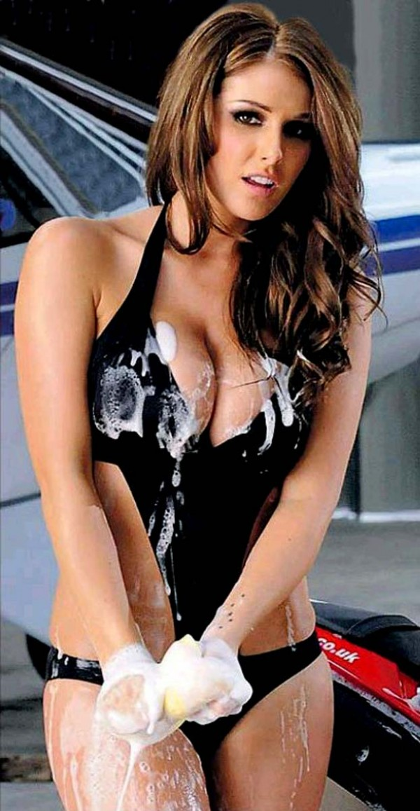 Lucy Pinder All Toned And Soapy Wet Hoot