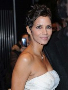 Halle Berry hot milf boobs