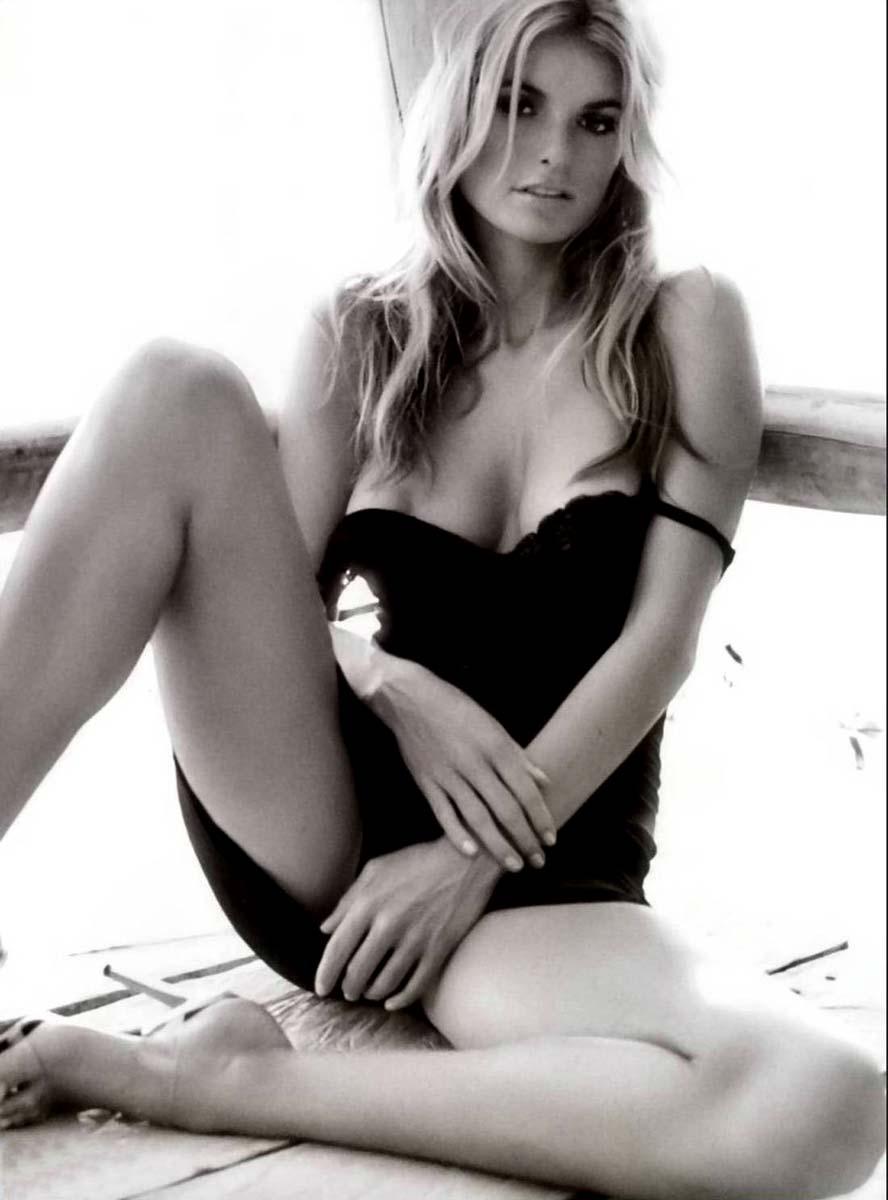 Marisa miller nude photo shoot