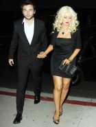 Christina Aguilera fat cleavage