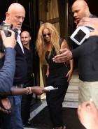 Beyonce sideboob