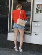 Hilary Duff short shorts
