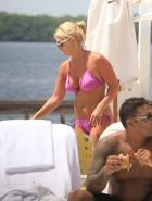 Brooke Hogan pink bikini