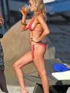 LeAnn Rimes sideboob bikini