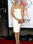 Anna Faris cleavage