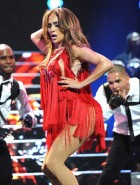 Jennifer Lopez booty performs