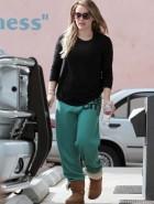 Hilary Duff pilates class
