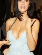 Jayde Nicole huge cleavage