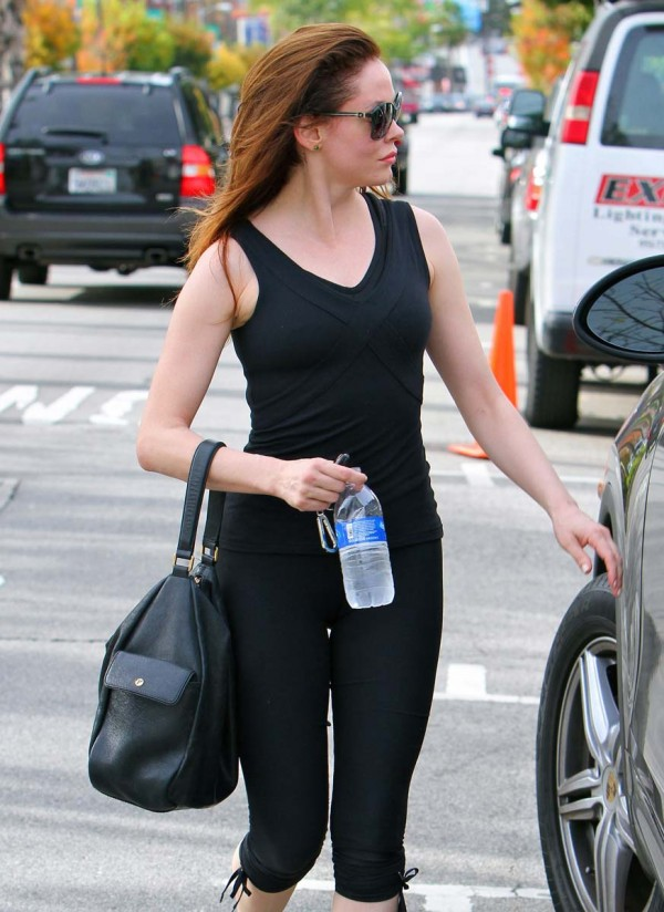 Rose McGowan spandex