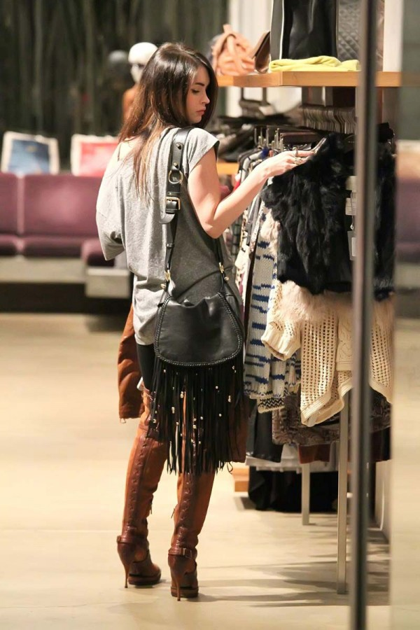 Megan Fox christmas shopping