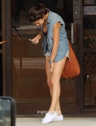 Selena Gomez leg looking