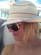 Kaley Cuoco bikini twitter