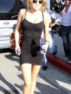 Miley Cyrus pussy upskirt