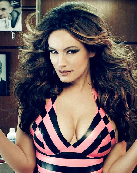 Kelly Brook philips mencare