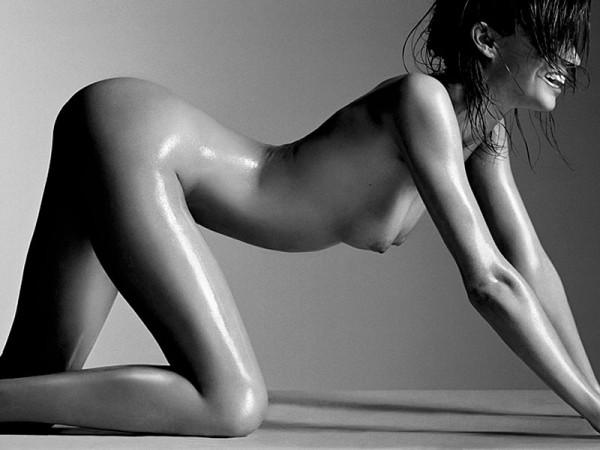 Miranda Kerr nude photoshoot