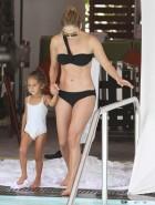 Jennifer Lopez bikini booty