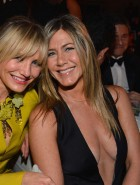 Jennifer Aniston cleavage