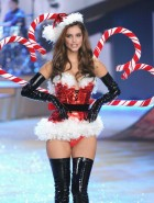 barbara palvin victorias secret fashion show