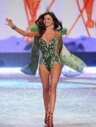 miranda kerr victorias secret fashion show