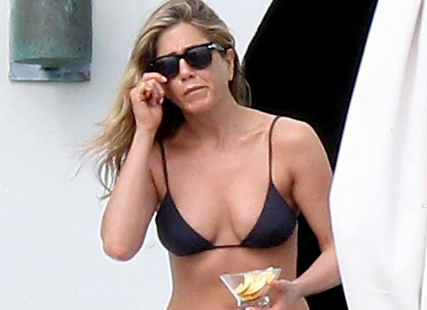 Jennifer Aniston bikini top