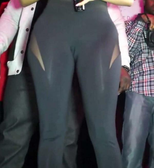 Nicki Minaj camel toe