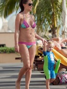 Danielle Lloyd breasts