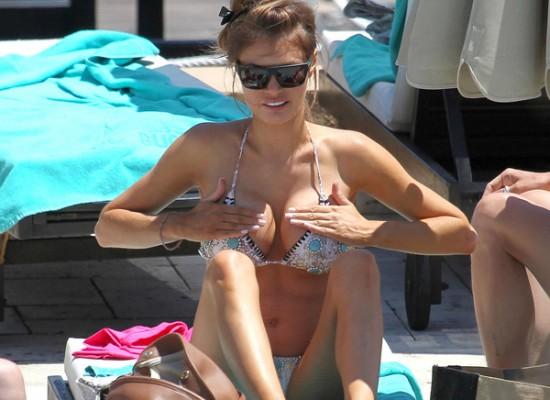 Chloe Sims bikini