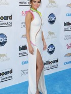 Selena Gomez billboard music awards