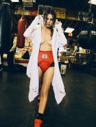 Emily Ratajkowski boxing