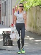 Irina Shayk booty leggings