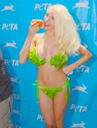 Courtney Stodden peta bikini