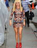 Hayden Panettiere hot at Letterman
