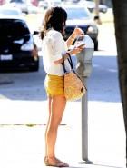 Jordana Brewster sexy legs