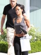 Rihanna pokey nipples