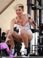Miley Cyrus iHeartRadio concert