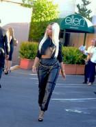Nicki Minaj underboob